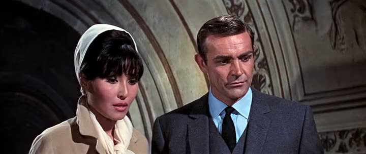 Screen Shot Of Thunderball (1965) Dual Audio Movie 300MB small Size PC Movie