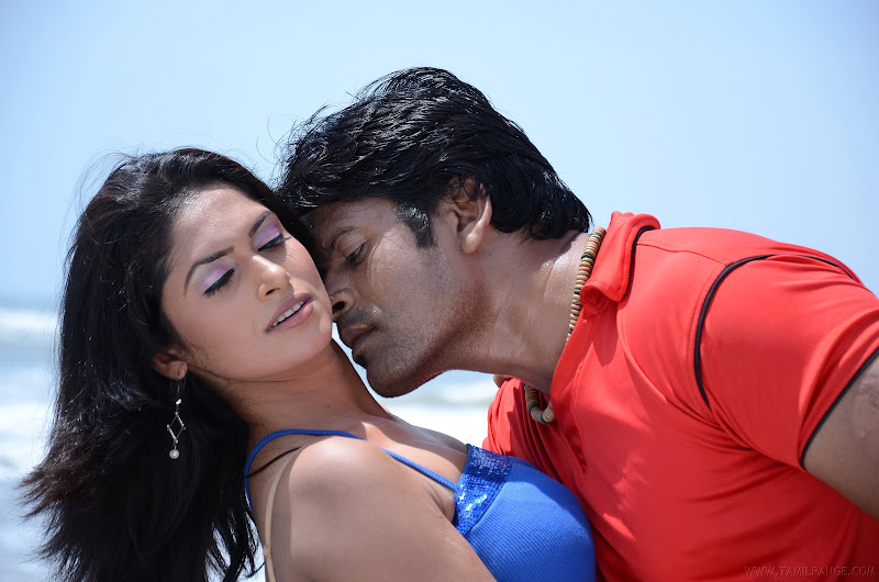 kalla chavi Movie Latest Hot Spicy Stills sexy stills
