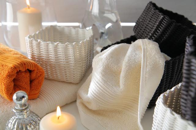 http://www.brw.com.pl/tekstylia/?m=11,pokoj-dzienny-jadalnia&utm_source=&utm_medium=http://everydaydesignforlife.blogspot.com/&utm_campaign=&utm_term=they&utm_content=blog