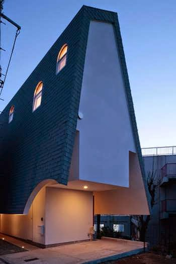 144 Japanese Pitched Roof House With Traditional Glazed Windows