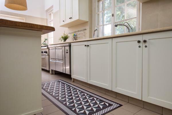 cote paillasson. Black Bedroom Furniture Sets. Home Design Ideas