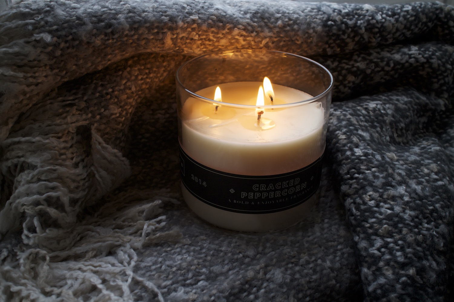 lab candle black peppercorn