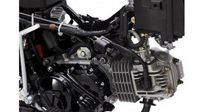 Cara Kamu Memanaskan Motor Itu Salah, Begini Yang Benar