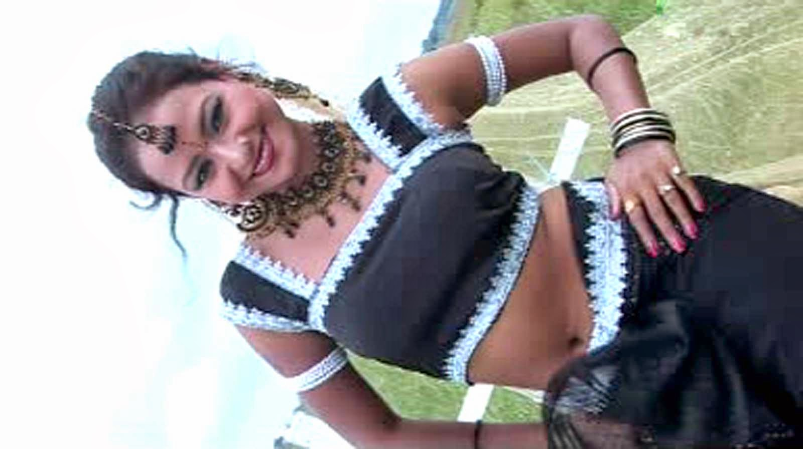 Jharkhandi girl in Nagpuri song