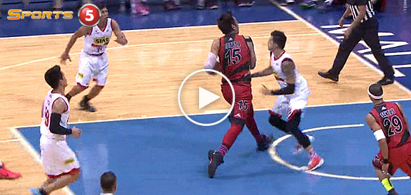 June Mar Fajardo with The Euro Step Move Against Pingris (VIDEO)