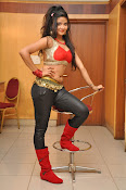 Shreya Vyas New Sizzling photos-thumbnail-3