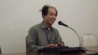 二木先生笑顔で講義