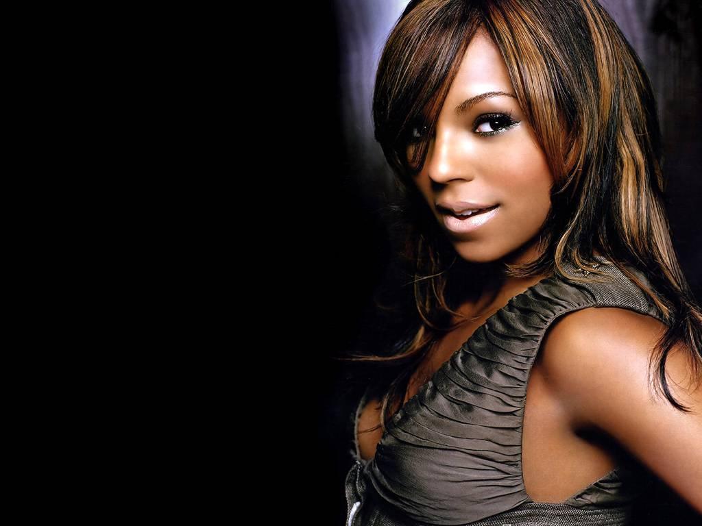 http://3.bp.blogspot.com/-jYOwnnkoLlY/TqXuPvvKCBI/AAAAAAAAAIo/jMFs9XOlPeY/s1600/Ashanti-Douglas-31.jpg