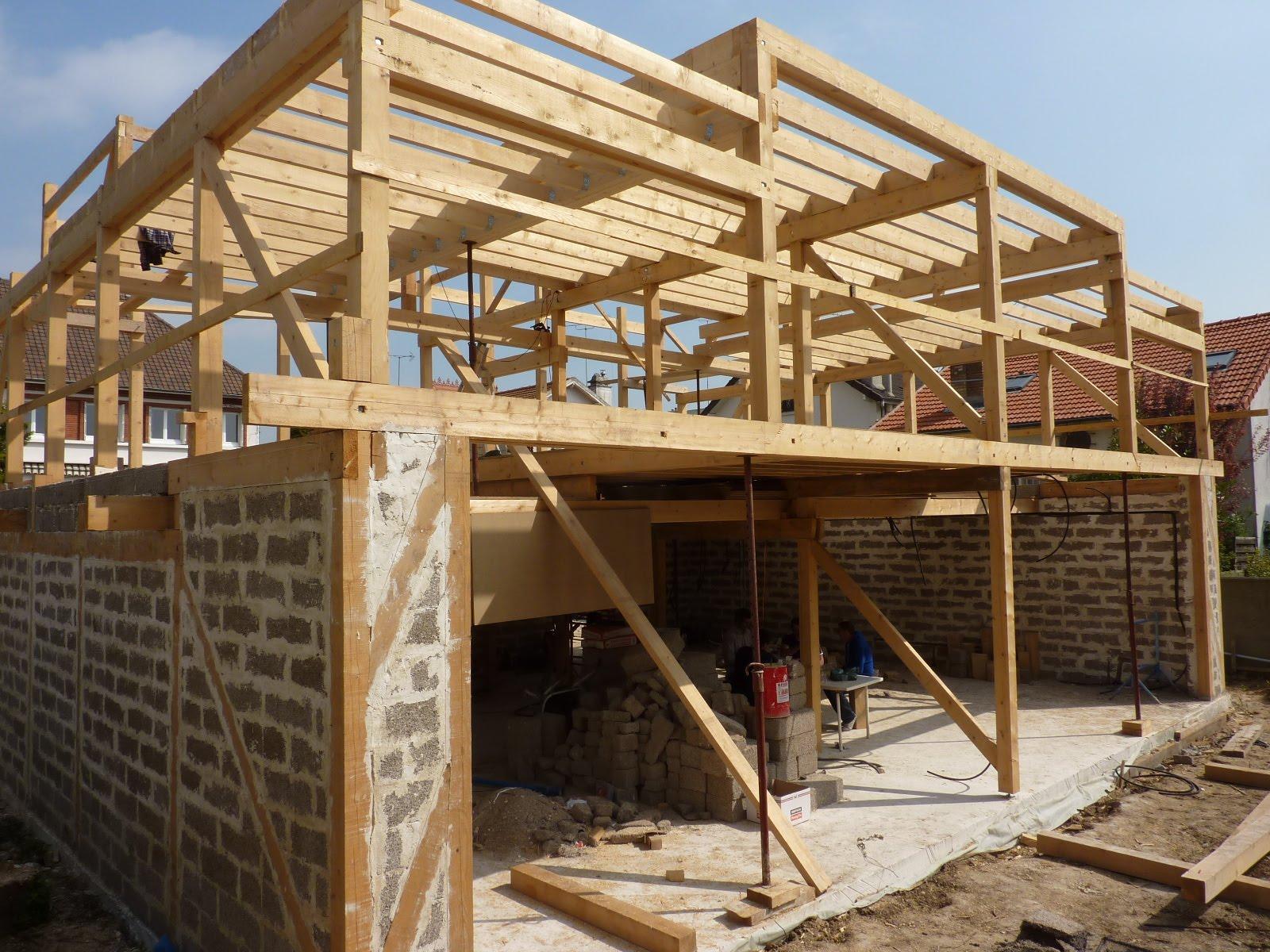 Modern architecture group maison poteau bois et remplissage chanvre cachan 94 for Construction en bois 6 etages