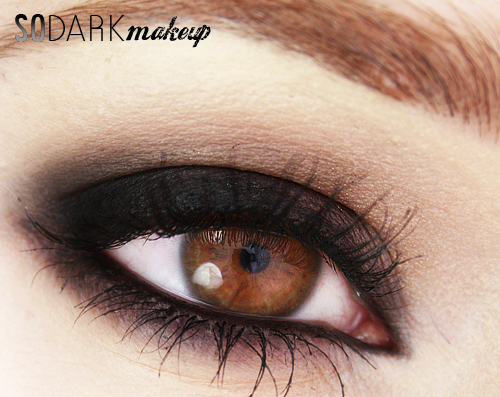 Alina Rose Blog Kosmetyczny Mocny Czarny Ciemny Makijaż Czarne