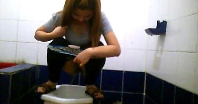 skritaya-kamera-toilet