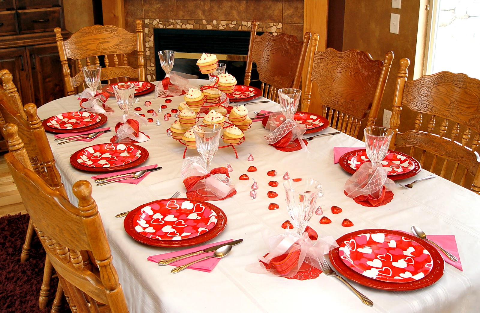 Family valentines dinner idea and how to make a junk bow for Valentine dinner recipes kids