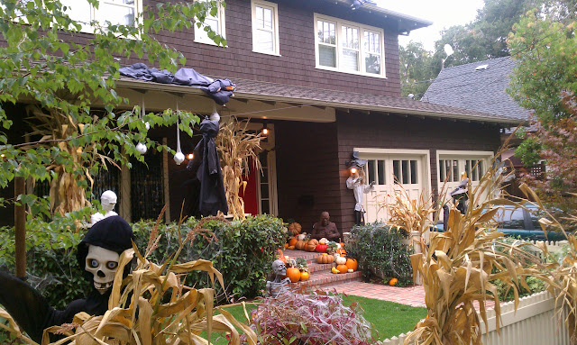 Marissa Mayer's home Halloween