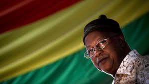 GUINÉ-BISSAU: SAÚDE, CRITICAS À IS, GOLPES DE ESTADO, CADOGO COM DURÃO