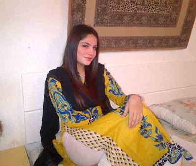 Pakistani Girls Mobile Numbers photos, pictures for friendship