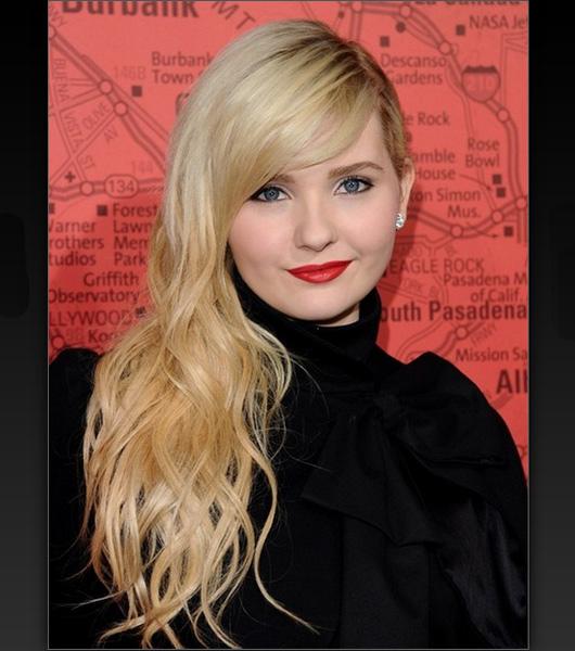 Cortes de cabelos femininos longos e loiros