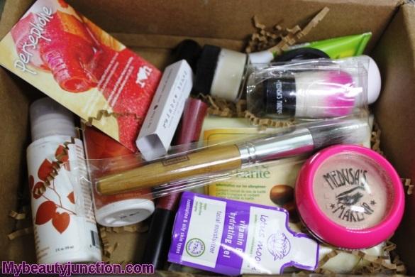 Vegan Cuts Beauty Essentials box review, unboxing