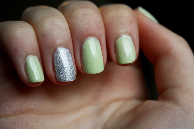 lndn beauty nails - light green