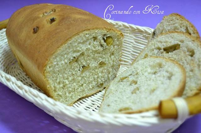 Cocinando con kisa pan de aceitunas verdes y salsa pesto for Pane con kitchenaid