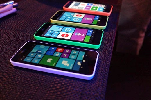 Nokia Lumia 630 different colors