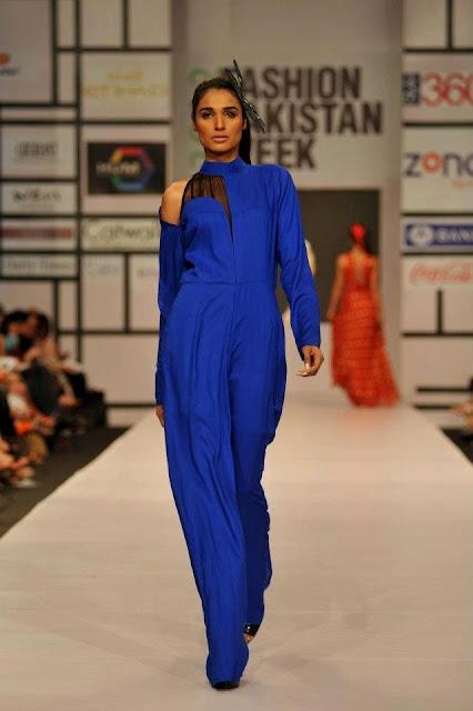 URBAN BLUE DRESS FOR WOMAN