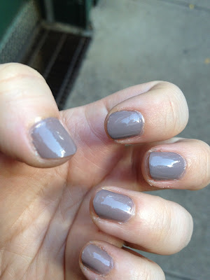 Nail of the Day-Essie Chinchilly
