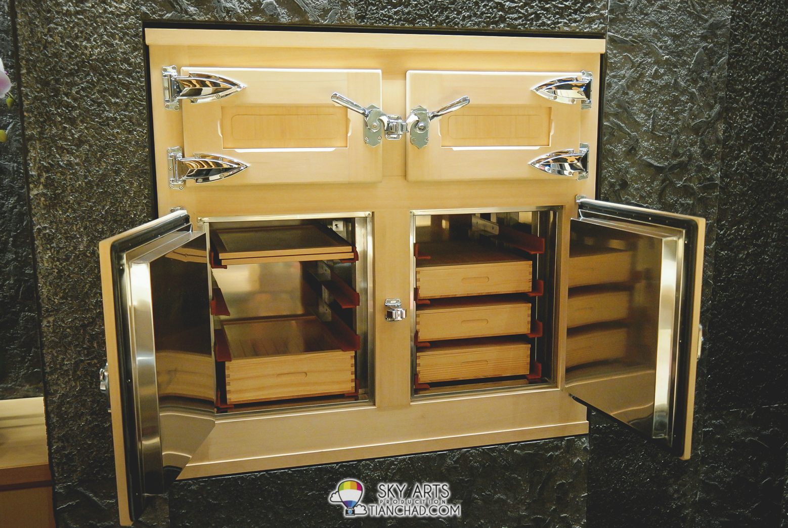 Traditional Wooden Ice Refrigerator to keep your sushi fresh