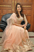 Rashi Khanna glamorous photos-thumbnail-9