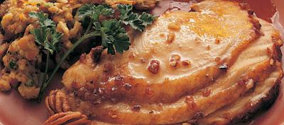pecan-turkey-maple-sauce-easy-leftover-turkey-recipes