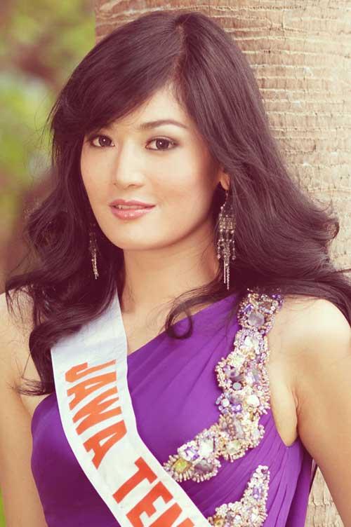 Foto-Foto Maria Selena Putri Indonesia 2011