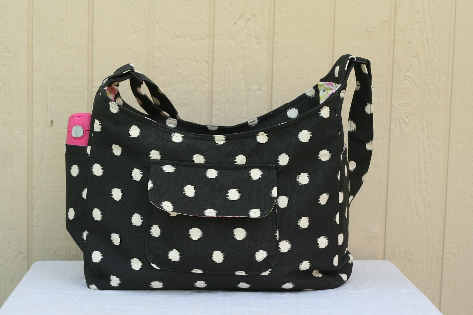 Huckleberry Love: Airdrie Diaper Bag {Pattern Test}