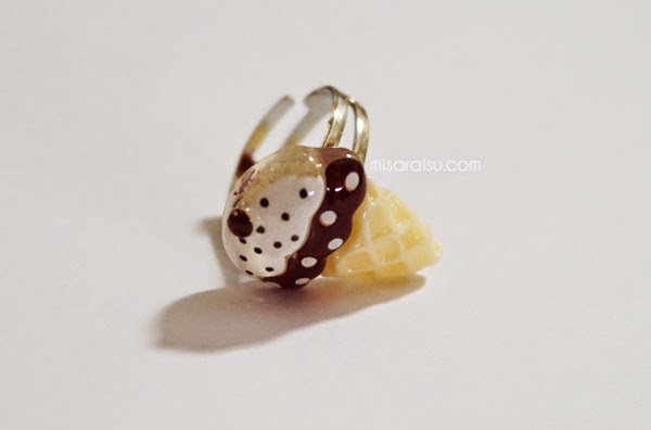 deco ice cream ring