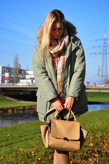 Winter Outfit, Grün, Nude, Trapez Bag