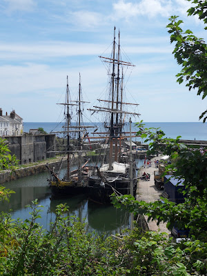 Big sailing ships in Charlestown