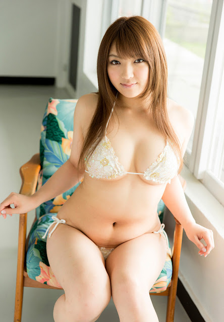 Kamisaki Shiori 神咲詩織 Photos 16