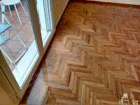 συντήρηση σε ξύλινο πάτωμα με οικολογικό βερνίκι