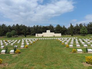 Azmak Mezarlığı
