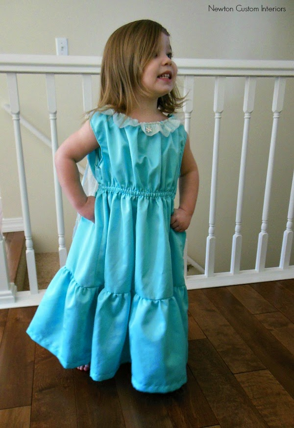 http://newtoncustominteriors.com/princess-dress-tutorial/