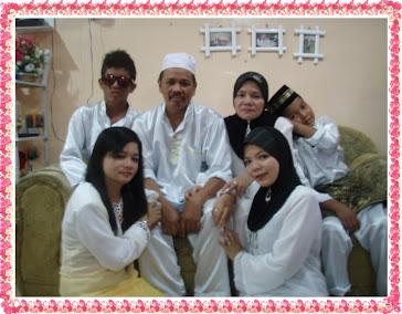 Family Cik Blossom