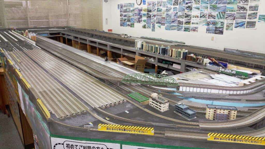 鉄道模型のお店レトモに設置してあるレンタルレイアウト台、2014年8月23日現在の様子です