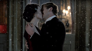 Matthew proposes to Lady Mary