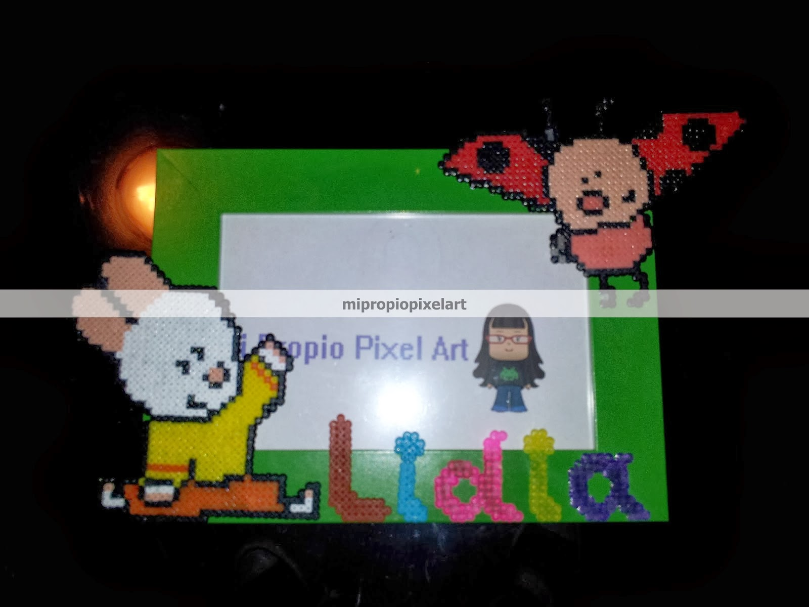 Mi Propio Pixel Art con Hama Beads: Marco de Fotos Louie y Yoko