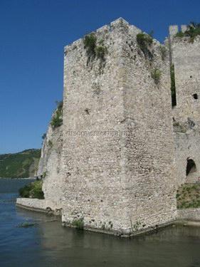 Tvrdjava Golubac Fortress