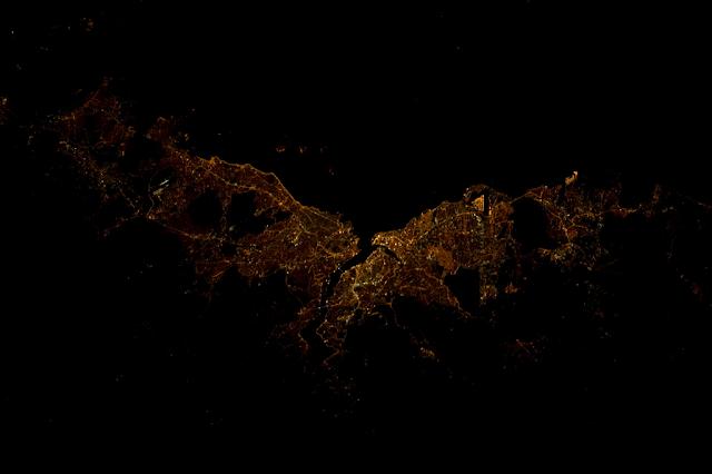 Η Κωνσταντινούπολη το βράδυ από τον Διεθνή Διαστημικό Σταθμό