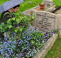tolkein's grave