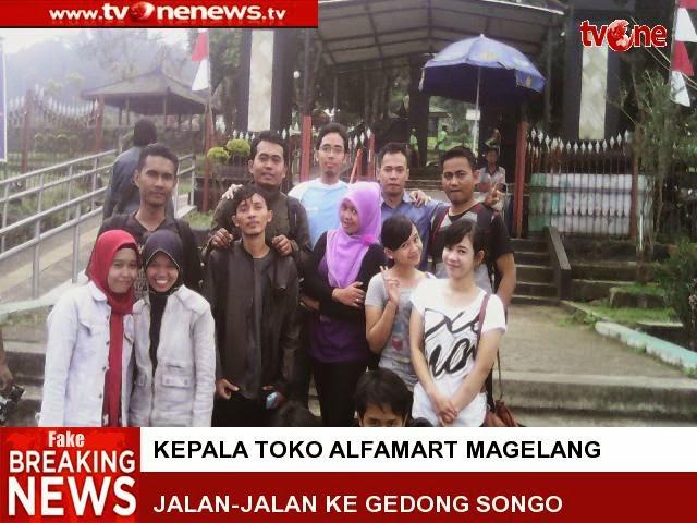 Kepala Toko Alfamart Jalan-jalan ke Candi Gedong songo di Kabupaten Semarang