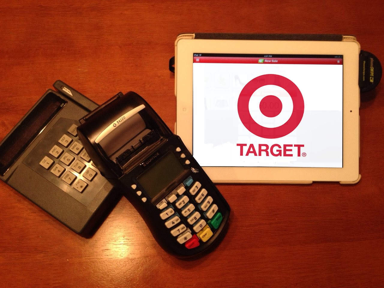 Hackers behind TARGET data breach looking for Pro-cracker to ...