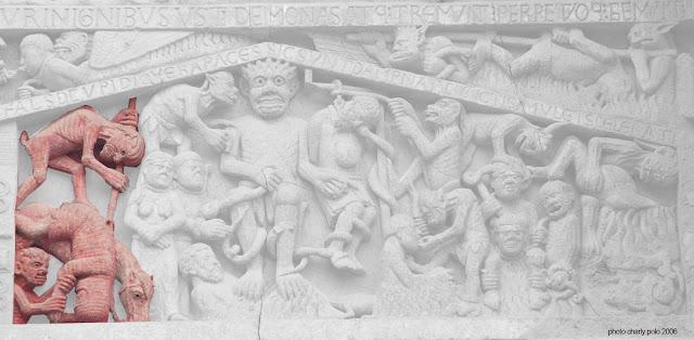 Chevalier renversé par son excès d'orgueil – tympan de Conques
