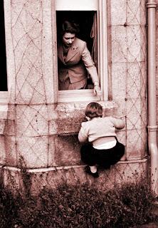 El simbolismo de las ventanas. Elisabeth+y+Charles