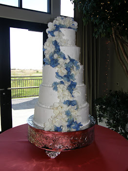 5-tier round buttercream